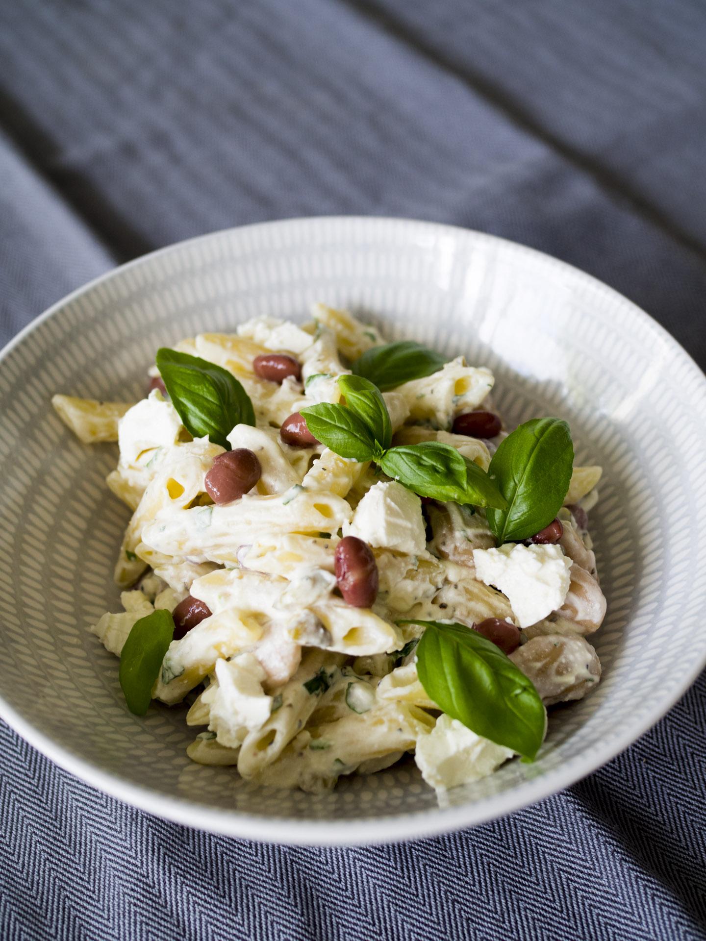 Krämig pasta med bönor och jalapeno