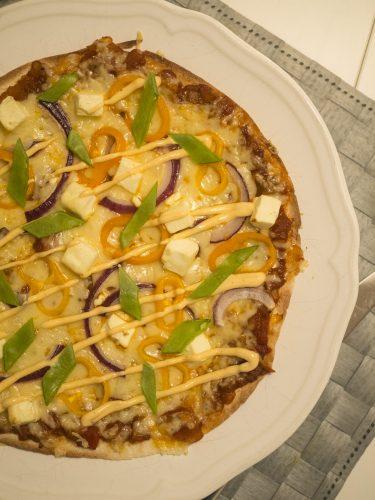 Snabb tortillapizza med fetaost