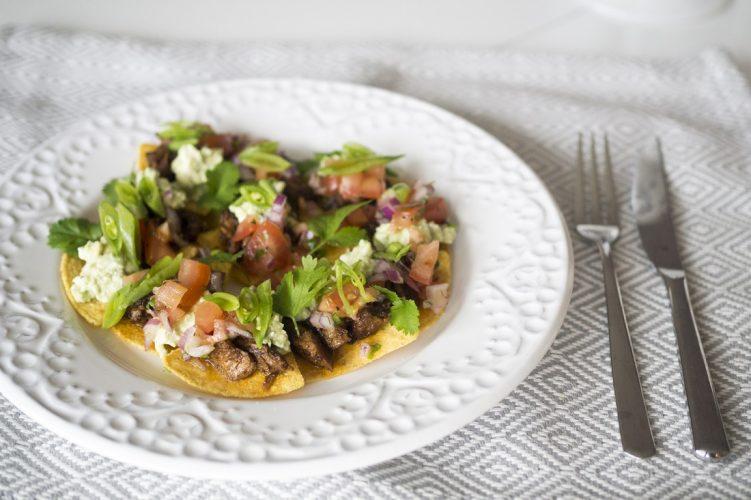 Lammtacos med tomatsalsa och avokadokräm med fetaost