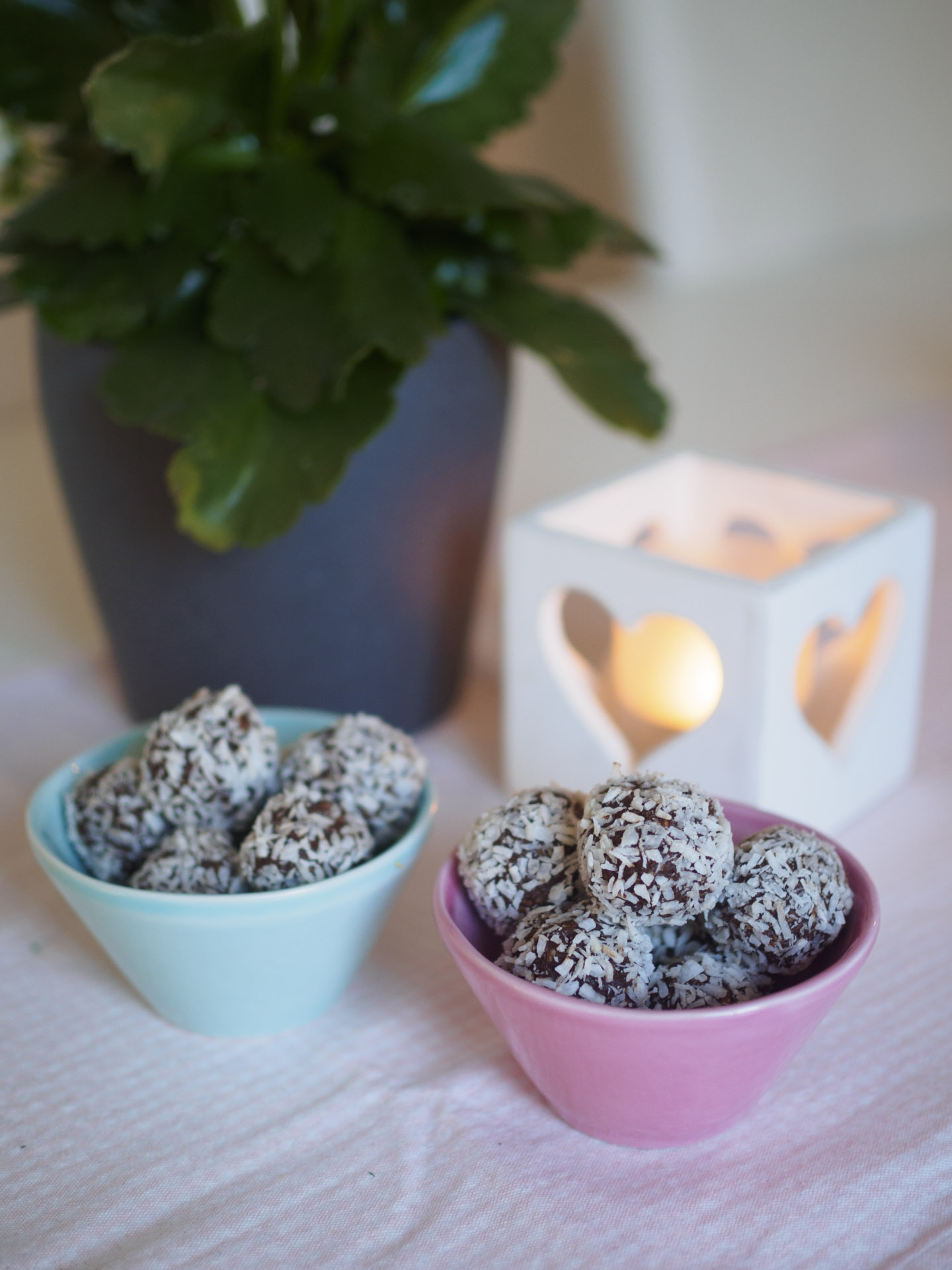 Chokladbollar med frön och nötter