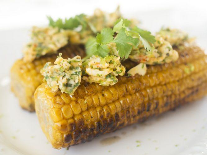 Grillad majs med koriandersmör